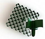 Giglia salvaprato di colore verde. 500 x 500 x 65 mm. Con sistema a clip e ancoraggio al terreno. Colore: verde o nero.