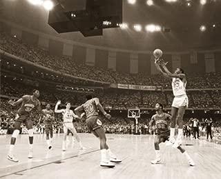 Michael Jordan Last Shot Celebrity Sports Icon (Basketball) Poster Print 16x20