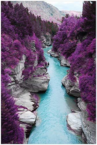 Wallario Glasbild Fluss in lilafarbener Schlucht - 60 x 90 cm in Premium-Qualität: Brillante Farben, freischwebende Optik