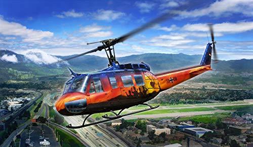 Revell 03867 Bell UH-1D Goodbye Huey, der Teppichklopfer zum Selberbauen, Helikoptermodell 1:32, 40,5 cm originalgetreuer Modellbausatz für Experten, unlackiert