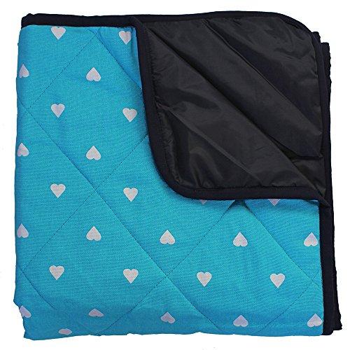 Just a Joy Babydecke Outdoor - Gepolstert - Aqua Blau mit weißen Herzen