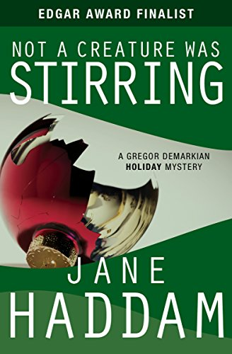 Not a Creature Was Stirring (The Gregor Demarkian Holiday Mysteries Book 1)