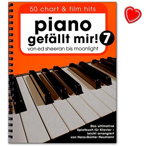 Piano bevalt mij! 50 chart en film hits - Band 7 - van Ed Sheeran tot Moonlight - het ultieme speelboek voor piano - notenboek met kleurrijke hartvormige muziekklem