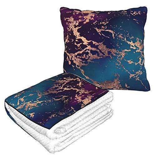 Manta de almohada de terciopelo suave, 2 en 1, con bolsa suave, decoración de mármol, color morado oscuro y verde azulado con funda de almohada dorada para el hogar, avión, coche, películas de viaje