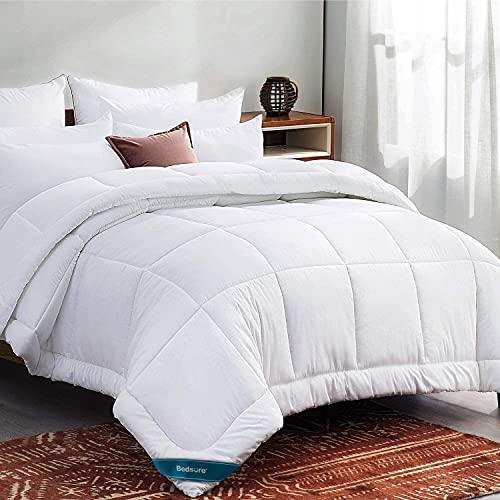Bedsure Queen Comforter Duvet Insert White - Quilted Bedding Comforters for Queen Bed,All Season Down Alternative Comforter Queen Size with Corner Tabs