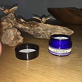 Neal Yard Remedies - Crema hidratante de incienso, 15 g, bolsillo, tamaño de viaje, mantiene tu piel suave e hidratada para todos los tipos de piel