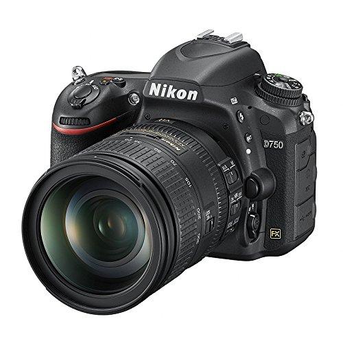 Nikon D750 + 28-300 VR
