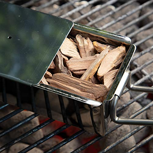 Camerons Smoking Wood Chips (Maple) ~ 2lb Bag, 260 cu. in. - Coarse Kiln Dried BBQ Chips- 100% All Natural Barbecue Smoker Shavings