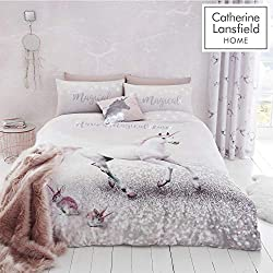 Magical unicorns CANTER across this easy-care duvet set. Why not complete the look with co-ordinating accessories Catherine Lansfield is renowned for style and quality - A contemporary Great British design This set contains a double duvet Cover with ...