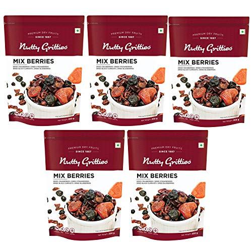 Nutty Gritties Mix Berries - Black Currants Blueberries Strawberries Cranberries - 200g ( Pack of 5 )