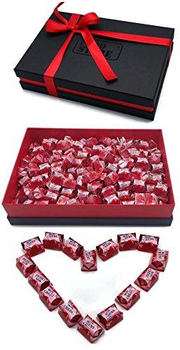 Ferrero Mon Cherie XL Geschenkset mit 150 Pralinen - die kleine Kostbarkeit für Ihre Liebsten - perfekt zum verschenken, Lieferung mit hochwertigem Geschenkkarton