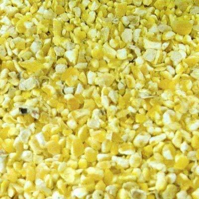 CountryMax Cracked Corn for Birds, Turkeys, Wildlife, Chickens (50 Pounds)