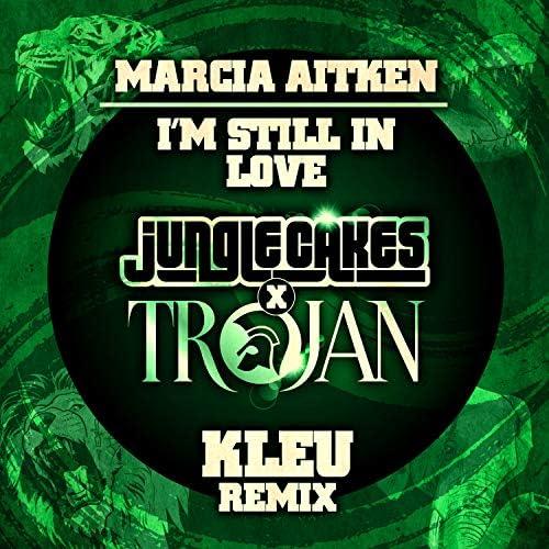 Marcia Aitken & Kleu