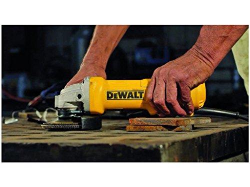 DeWalt DWE4233-QS Meuleuse Ø 125 mm, 1400W, Interrupteur palette filaire, Vitesse à vide 11500 tr/min, M14, Poignée latérale anti-vibrations et multi-positions