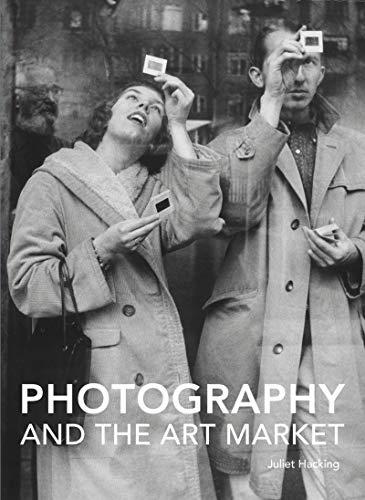 Photography and the Art Market (Handbooks in International Art Business) (English Edition)