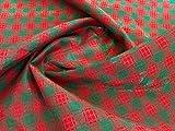 Stoff mit weihnachtlichem Schottenkaro, Grün und Rot,