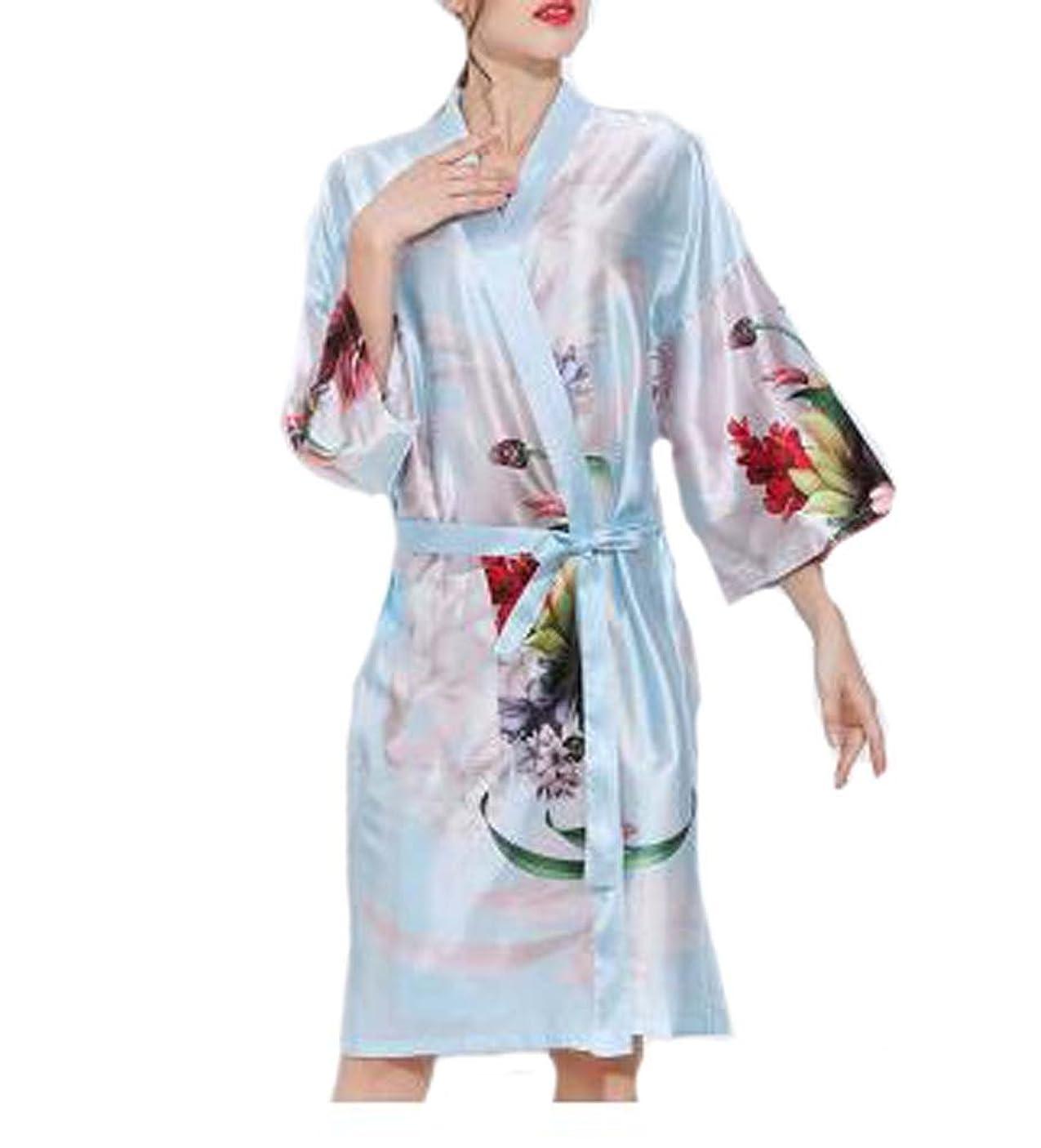 応じる早める手順レトロスタイルの美容院の花嫁衣装のドレス、顧客のための美しいガウン、青