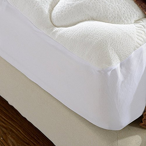 Cheer Collection Ultra Plush Eco-Friendly Hypoallergenic Bamboo Fitted Mattress Topper - Queen