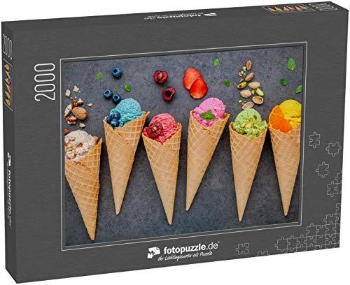Puzzle 2000 Teile Verschiedene Eiscreme-Aroma in Kegeln Heidelbeere  - Klassische Puzzle, 1000 / 200 / 2000 Teile, edle Motiv-Schachtel, Fotopuzzle-Kollektion 'Essen'