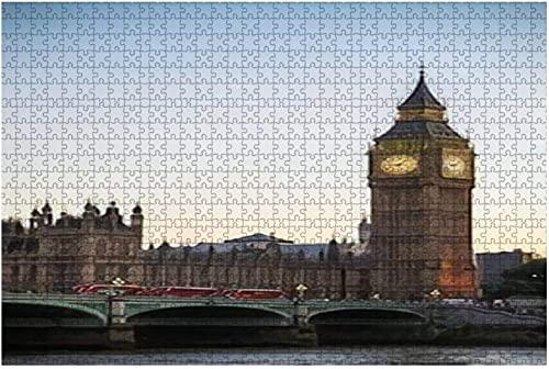 1000 piezas-Londres/Reino Unido 27 de mayo de 2017 Big Ben y tres autobuses sobre rompecabezas de madera Rompecabezas educativos para niños de bricolaje Regalo de descompresión para adultos Juegos