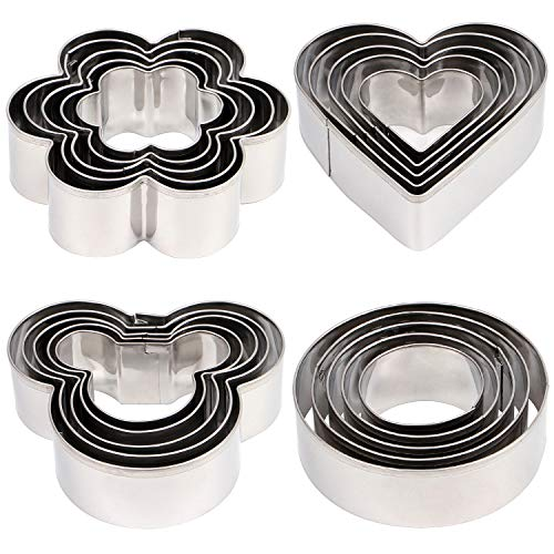 20pcs Cookie Cutter set, Mickey & Heart & Flower & Round Shapes Cookie Cutters Molds for Biscuits, Cakes, Vegetable and Sandwiches, 0.4mm Thickness & 2.5cm in height Stainless Steel Baking Tools