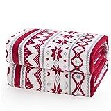 SALUTI PER LE VACANZE: strisce di motivi geometrici festivi adornano la coperta in pile per creare un'atmosfera accogliente nel tuo spazio per dormire - Con gli ornamenti rossi e grigi che si ripetono ovunque, puoi mescolare e abbinare con l'albero d...