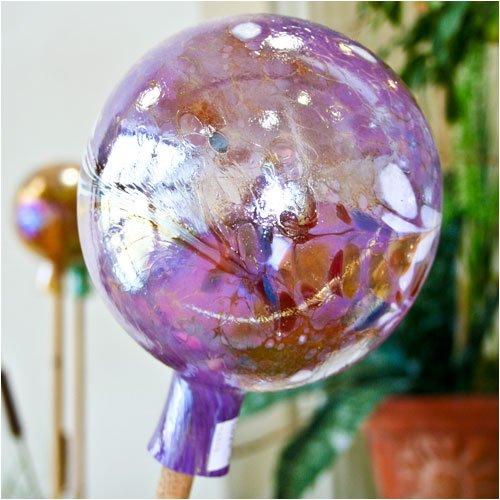 Gartenkugel aus Glas, Violett