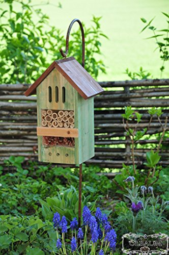 ÖLBAUM Insektenhotel KOMPLETT mit Schäferstock Hakenhalter Höhe 125 cm, BD-MMS moosgrün grün Natur Nistkasten Schmetterlinge Bienen Marienkäfer