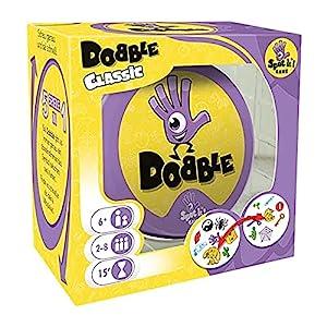 Dobble ist ein schnelles und spaßiges Kartenspiel für Groß und Klein. In der originalen Version von Dobble habt ihr Symbole aus verschiedenen Bereichen Entscheidet euch bei diesem Partyspiel für 1 der 5 verschiedenen Spielvarianten und legt los. Deck...