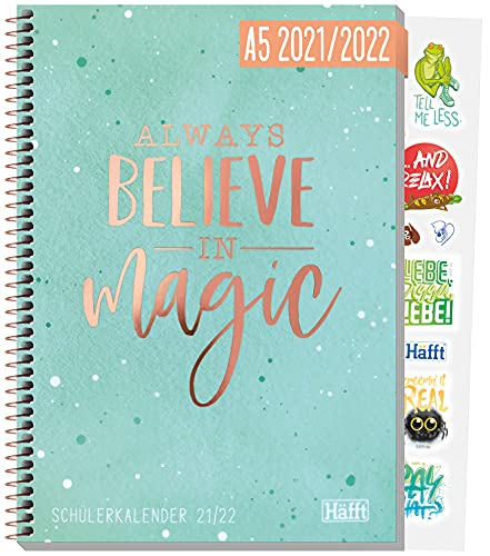 Häfft College-Timer A5 2021/2022 [Believe in Magic] Schülerkalender/Hausaufgabenheft, Schüler-Tagebuch, Schülerplaner inkl. Fun Facts, Sprüche, Sticker u.v.m. | nachhaltig & klimaneutral
