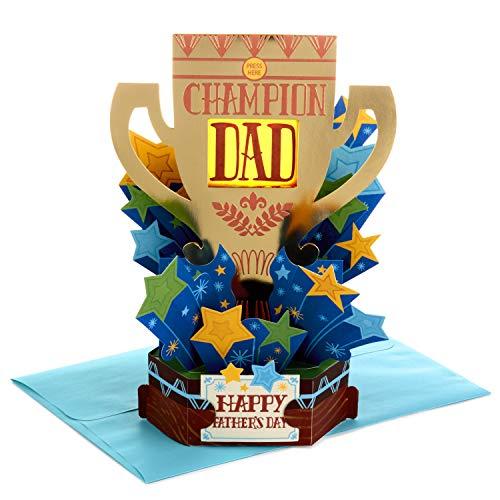 Hallmark Paper Wonder Pop Up - Tarjeta de felicitación para el día del padre (tamaño mediano), diseño de trofeo