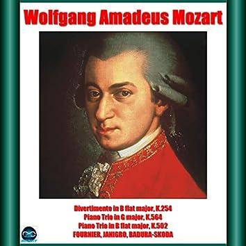 Mozart: Divertimento in B flat major, K.254 - Piano Trio in G major, K.564 - Piano Trio in B flat major, K.502