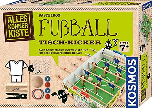 KOSMOS 604479 AllesKönnerKiste Fußball Tisch-Kicker, DIY-Bastelset für Jungen und Mädchen ab 7 Jahre, Komplett-Set zum Basteln, Bauen und Tisch-Fußball spielen