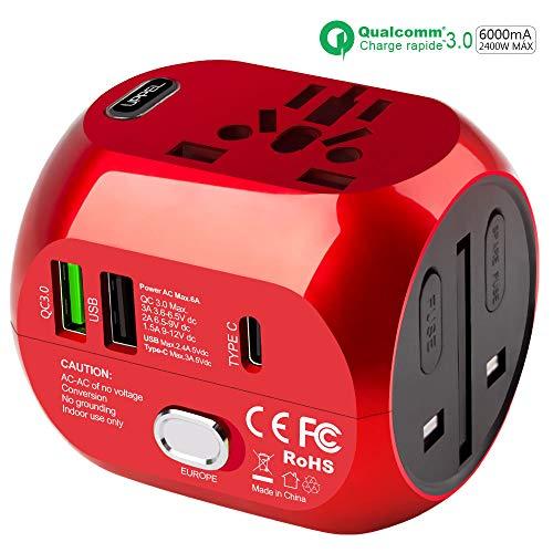 Adaptateur de Voyage Universel avec QC3.0 Charge Rapide 2 Ports USB 3.0 et 1 Interface de Type C (US/EU/UK/AU) dans Un Chargeur Multifonction pour Plus de 180 Pays, 2 fusibles (Red)