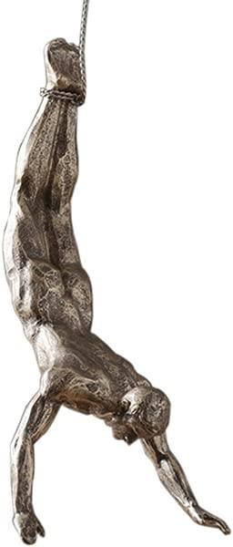 Olpchee 北欧现代简约树脂创意攀岩人墙壁雕塑手工成品艺术家居装饰银锈姿势 C