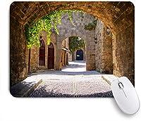 ECOMAOMI 可愛いマウスパッド ロードス島、ギリシャの旧市街の中世のアーチ型の通り 滑り止めゴムバッキングマウスパッドノートブックコンピュータマウスマット