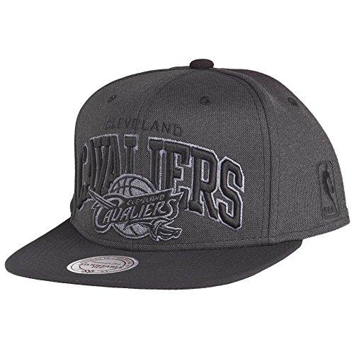 Mitchell & Ness Cleveland Cavaliers Resist Arch Black Under Snapback Cap EU719