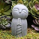 FAFAFA JIZO Estatua - LA PEQUEÑA PEQUEÑA JIZO Buddha - ESCULTURAS DE Buddha - Estatua de oración - Little Lindo Monje Feliz con Las Manos Juntas - Estatuas de jizo Decoración al Aire Libre Poco