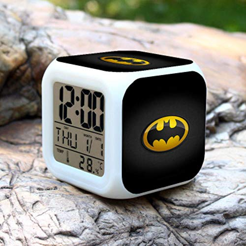 NXSP Batman digitale wekker, kinderen LED klok cartoon nachtlicht Flash 7 kleur veranderende nachtkastje digitale klok