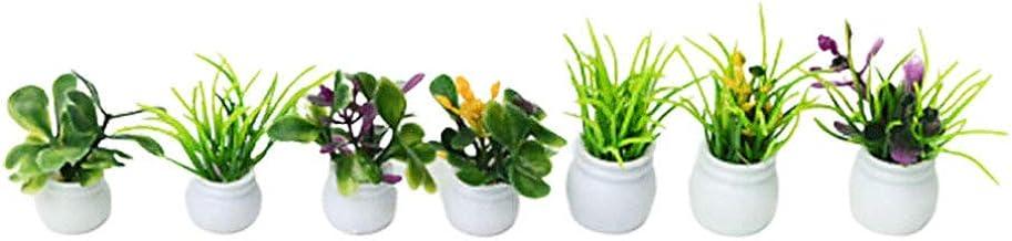 DOLLS HOUSE MINIATURE PLANT IN A CERAMIC GLAZED POT GGH
