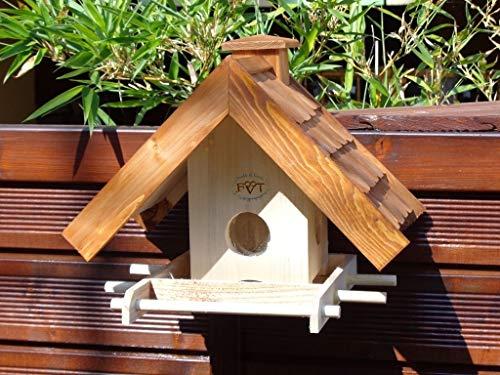 Vogelhaus BTV-VOWA3-dbraun002 Großes Vogelhäuschen + 5 SITZSTANGEN, KOMPLETT mit Futtersilo + SICHTGLAS für Vorrat PREMIUM Vogelhaus – ideal zur WANDBESTIGUNG – Futterhaus, Futterhäuschen WETTERFEST, QUALITÄTS-SCHREINERARBEIT-aus 100% Vollholz, Holz Futterhaus für Vögel, MIT FUTTERSCHACHT Futtervorrat, Vogelfutter-Station Farbe braun dunkelbraun schokobraun rustikal klassisch, Ausführung Naturholz MIT TIEFEM WETTERSCHUTZ-DACH für trockenes Futter - 5