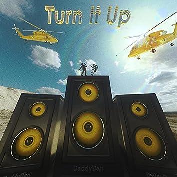 Turn It Up (feat. kashani)