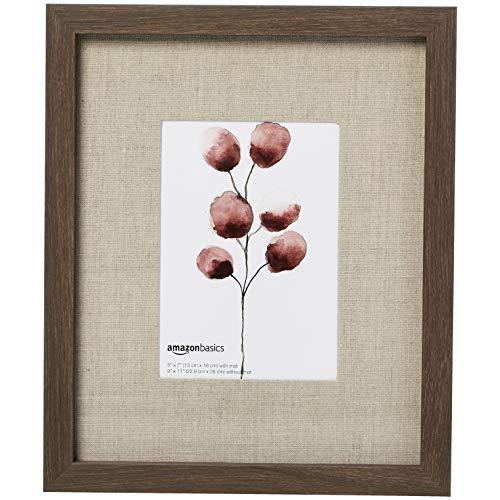 Amazon Basics – Wand-Bilderrahmen, Galerie-Stil, 23 x 28 cm für Bilder von 12,7 x 17,8 cm, gereifte Walnuss