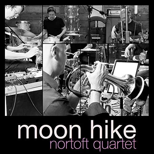 Moon Hike (feat. Casper Mikkelsen, Martin Rauff, Torben Sminge & Uffe Nortoft)