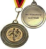 pokal-fabrik.de 10 Stück personalisierte Fussball Medaillen Kindergeburtstag mit Wunschtext aus Metall mit Band und Emblem für Kinder