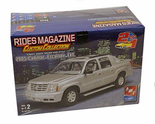 AMT/ERTL Rides Magazine 2005 Cadillac Escalade EXT Model