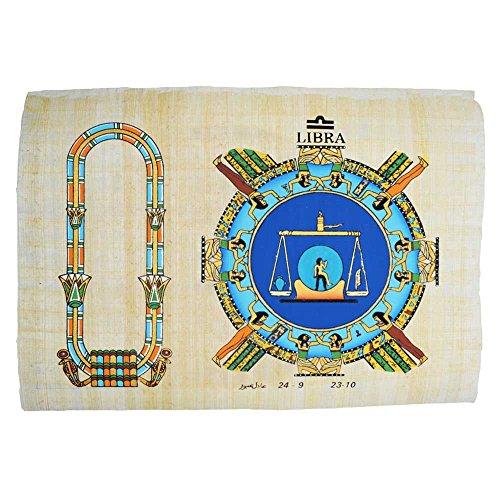 Papyrus mit dem Zeichen der Waage, ägyptischer Papyrus Original hergestellt und gemalt in Ägypten. Es misst ungefähr 23x33 cm. Wir geben Ihren Namen in Hieroglyphe in der Patrone neben dem Horoskop.