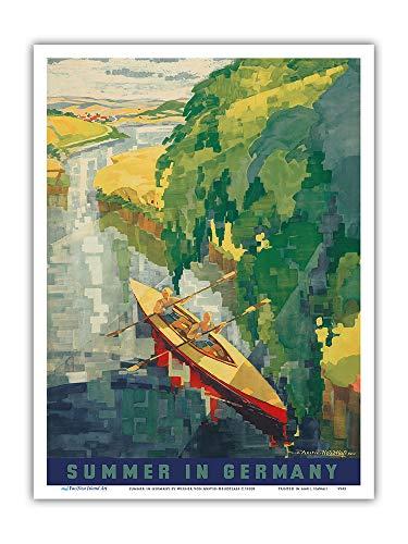 Pacifica Island Art - Sommer in Deutschland - Kajak Fahren - Retro Reise Plakat von Werner von Axster-Heudtlass c.1930s - Kunstdruck 23 x 31 cm