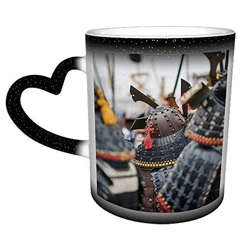Samurai Armadura y casco Disfraces de carnaval Soldados en salidas Una taza de café Taza de té de cerámica Regalo perfecto para familiares y amigos 11 oz
