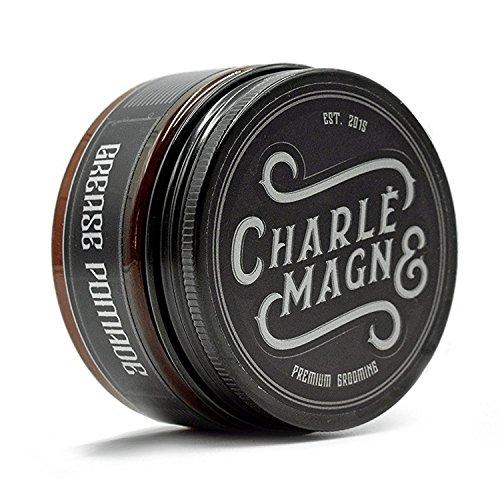 Charlemagne Premium Grease Pomade - Mittlerer Halt - Edler Duft - Glanz Finish für die Haare - Styling Haar-Wachs für Herren/Männer - 100ML - Haar-Wax hergestellt in UK - Barbier Qualität